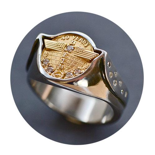 beautiful gold ring hand crafted custom jewelry near Portland